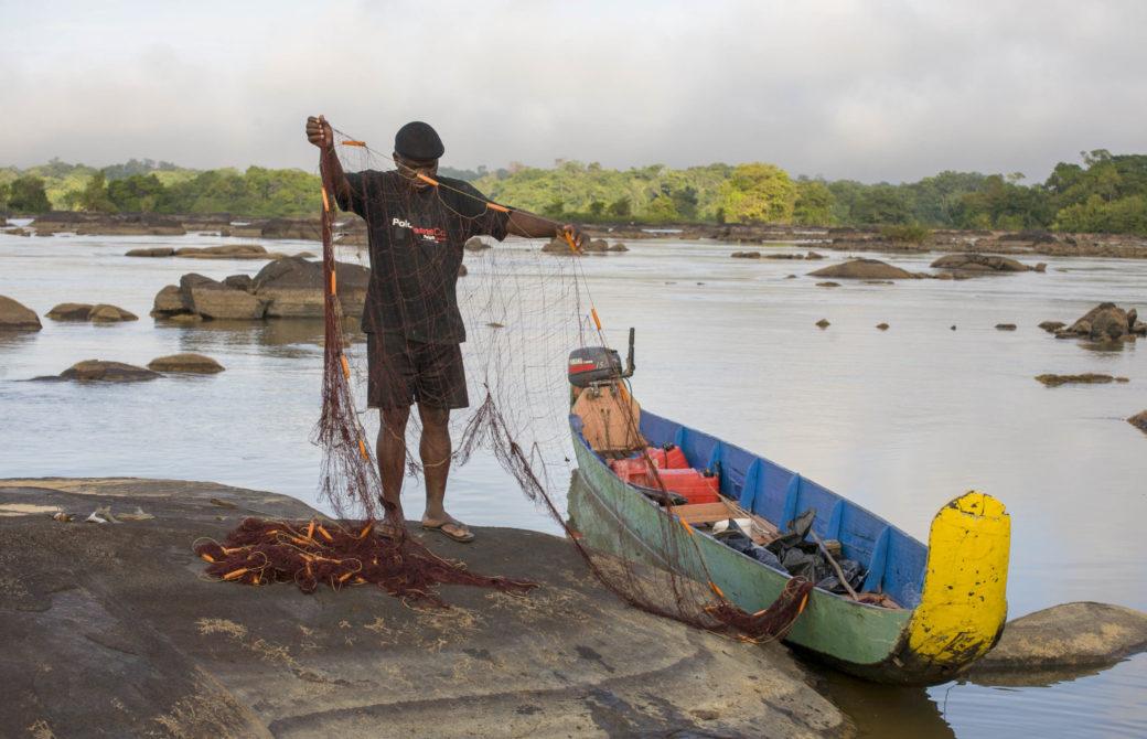 IAGF en visite sur le fleuve Maroni en Guyane.